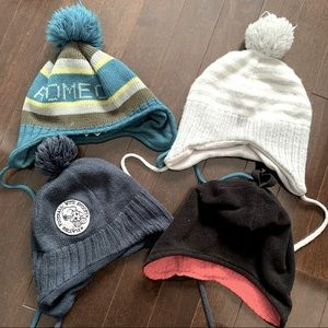 Lot of boys tuques